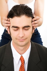 manclothheadmassage